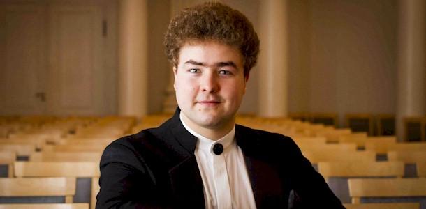 Noor dirigent Sander Tamm sõidab VIII Peterburi Rahvusvahelisele koorifestivalile eesti muusikat tutvustama