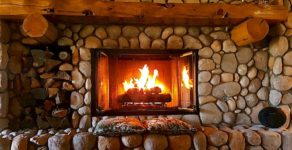 Kaminad ja ahjud – kuidas valida koju õige tulease?